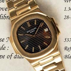 Patek Philippe gold Nautilus Jumbo bracelet watch