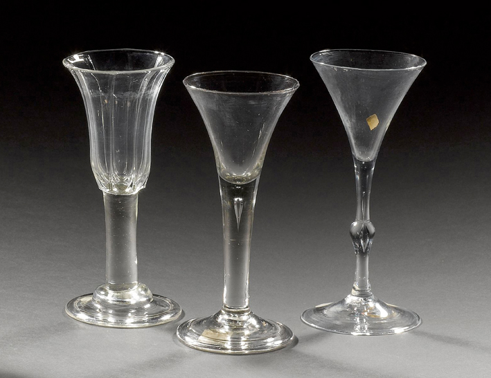 Guide To Buying English Drinking Glasses