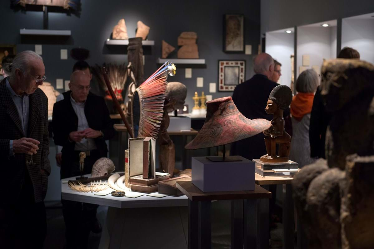 London dealers Finch and Co stand at BRAFA